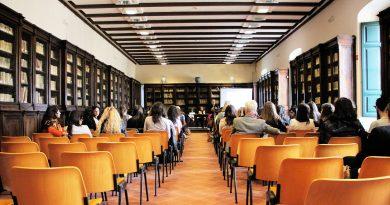 Fernando Rey vol unificar en un sol centre l'educació des d'infantil fins a batxillerat